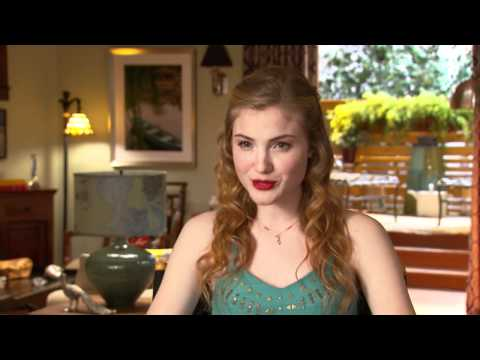 Skyler Samuels Talks 'Nine Lives' Audition