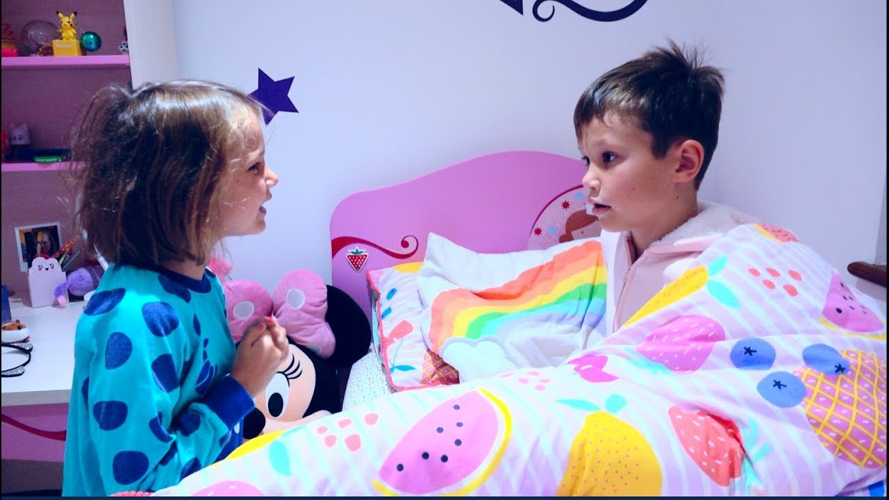 24 часа Challenge | Mакс и Катя поменялись комнатами / 24 Hours in my brother's room