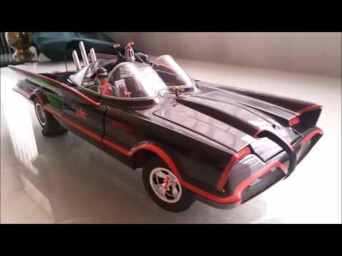 batmobile-bcj95-hotwheels-elite-distribuido-por-mattel