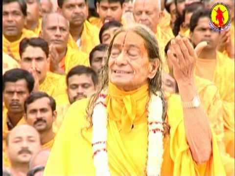 Mere Nandnandan - Divine Keertan by Jagadguru Shree Kripalu Ji Maharaj thumbnail