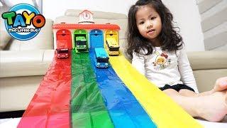 이런 미끄럼틀도 있네요!! 서은이의 타요 차고지 색깔 테이프 미끄럼틀 놀이 색깔 공부 Tayo Garage