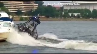 D.C. police boat crashes into boat in Georgetown