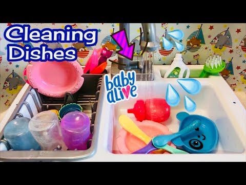 Washing Baby Alive dishes  using the Spark Create Imagine KITCHEN SINK and review
