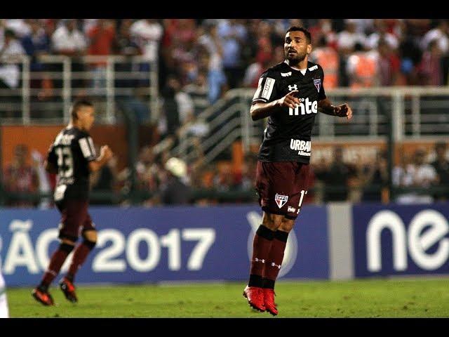 Gol de Gilberto - São Paulo 2 x 2 Chapecoense - Narração de Fausto Favara