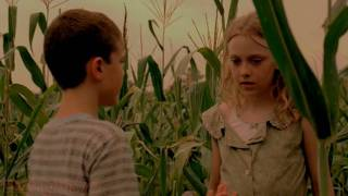 Repeat youtube video Dakota Fanning - Hounddog
