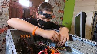 В Калининградской области школьник собирает компьютеры и отдаёт их нуждающимся