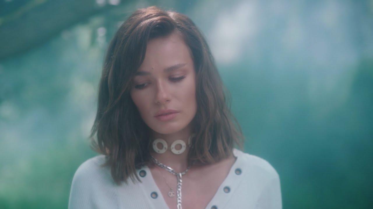 Download Natalia Szroeder - Para [Official Music Video]
