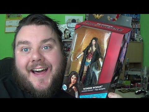 WONDER WOMAN DC Comics Multiverse Caped Action Figure Mattel Review