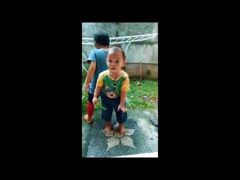 Anak kecil joged lucu bikin ketawa ngakak Super Mario Koplo Canon Koplo Mashup DF Mix