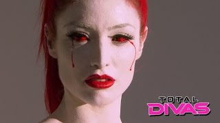 eva marie shows off her bruises from training total divas august 4 2015