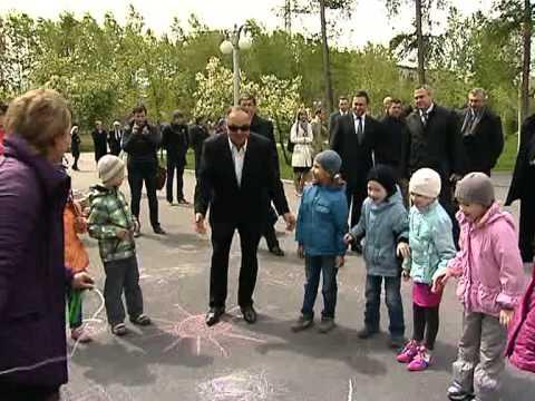 Эдхам Акбулатов и Хазрет Совмен посетили парк имени 1 мая