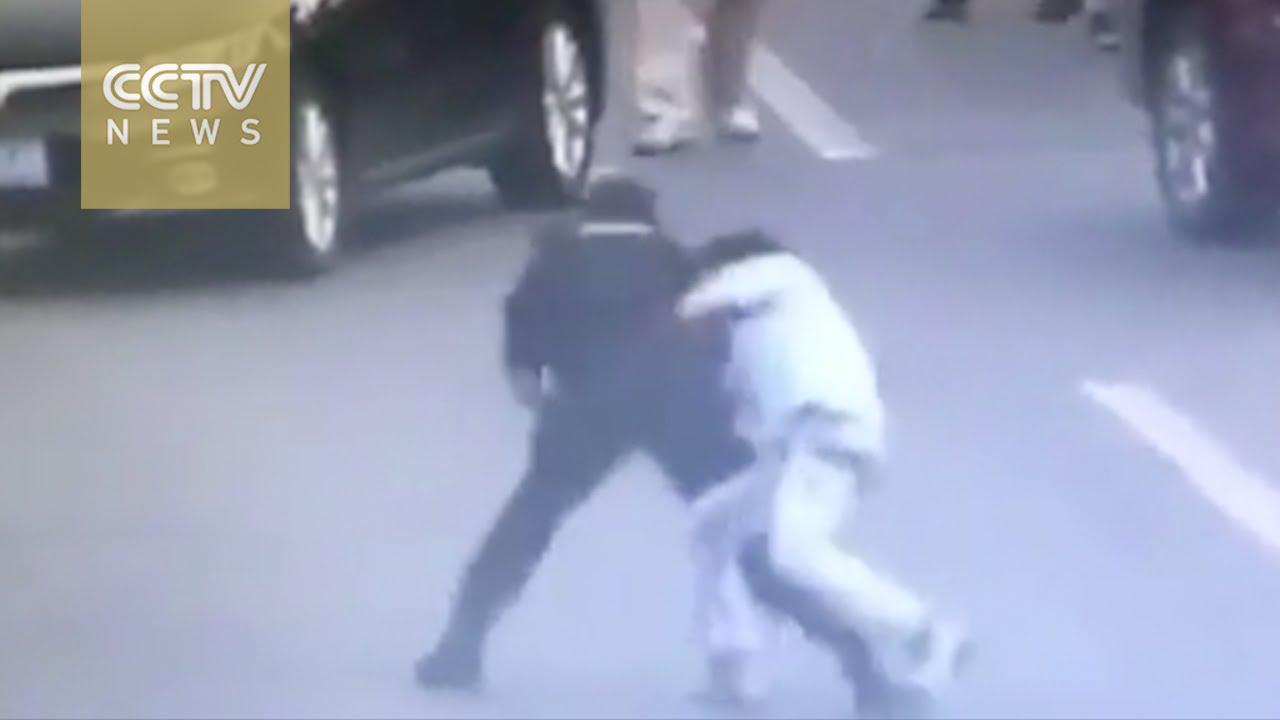 Knife-Wielding Man Kills 2 in Rampage in Finland