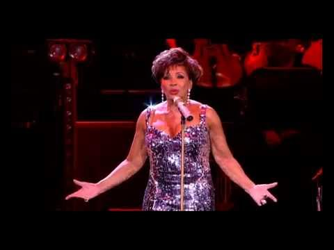 Shirley Bassey BBC Electric Proms 2009