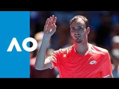 David Goffin v Daniil Medvedev match highlights (3R) | Australian Open 2019
