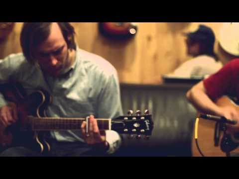 """Dr. Dog """"Lonesome"""" At: Guitar Center"""