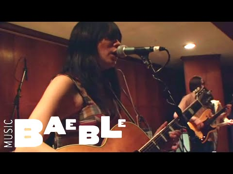 Thao with The Get Down Stay Down - When We Swam || Baeble Music