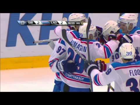 Первый гол Дениса Гурьянова в КХЛ / Denis Guryanov scores his first KHL goal
