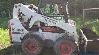 Zapętlaj Bobcat S650 Clearing Brush!! | Northern farmer