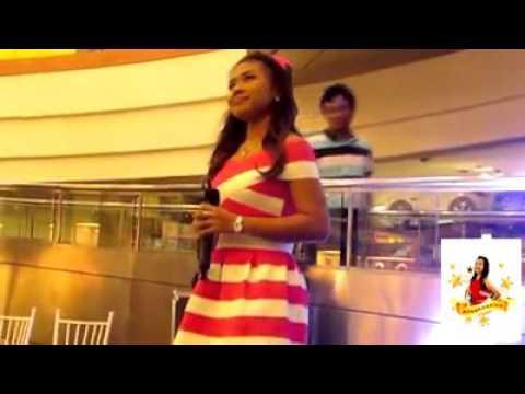 Alisah Singing Flashlight at Duty Free Fiesta Mall