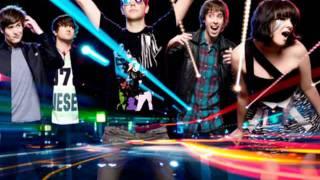Middle Finger Cobra Starship feat. Mac Miller