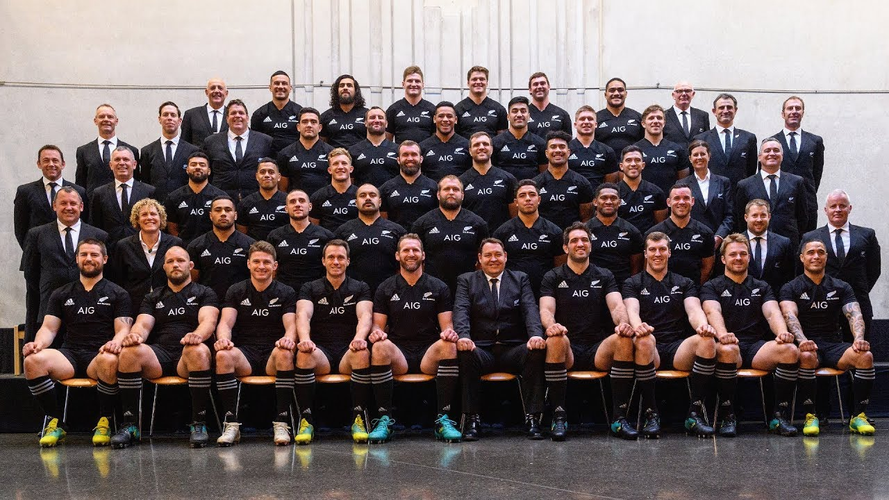 Exclusive Behind The Scenes At The All Blacks Team Photo Youtube