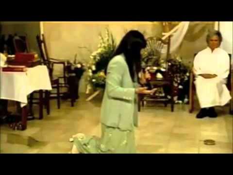 testimonio de gela cantante catolica  EL SEÑOR la sano de cancer en la garganta completo