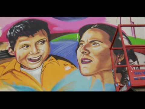Murals of LA MISMA LUNA / Under the Same Moon - YouTube