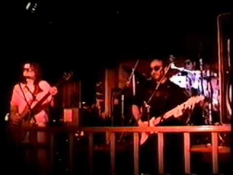 Wings Of A Dove - Loony Tunes (Joe Spino; Jerry Mason; Eddie Sekera) : Bob Marley Cover