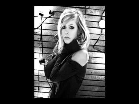 Avril Lavigne - Black Star (Suez Gonzales remix)