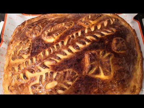 Пирог как в Штолле. Сдобный пирог с капустой.