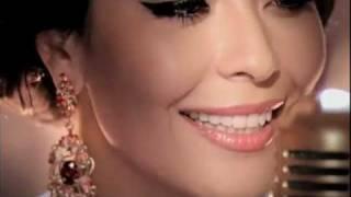 Смотреть клип Дильназ Ахмадиева - Босса Нова