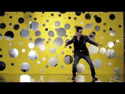 """Nouman Khalid - """"Desi Thumka"""" (feat. Osama Com Laude) [Official Video HD]"""