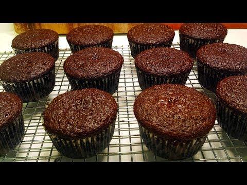 Easy Chocolate Cupcake Recipe - YouTube