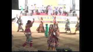 Aavo to Ramvane - Vikram Thakor Mamta Soni - Gujarati Garba Songs LIve 2012 - Day10 - Part 5