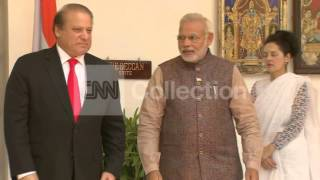 INDIA PM MEETING PAKISTANI COUNTERPART