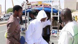 """Ramadan 2018 :S.Modou Kara prend un taxi """"Mbacké touba""""pour son zia..."""