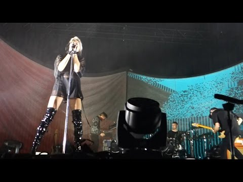 Phantogram - You Don't Get Me High Anymore – Live in Oakland