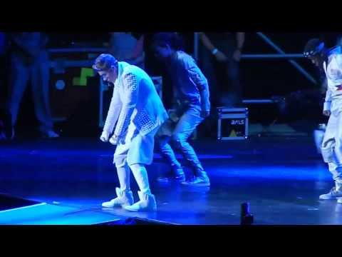 Justin Bieber All around the world + Take you River Plate Stadium 10 de noviembre FULL HD