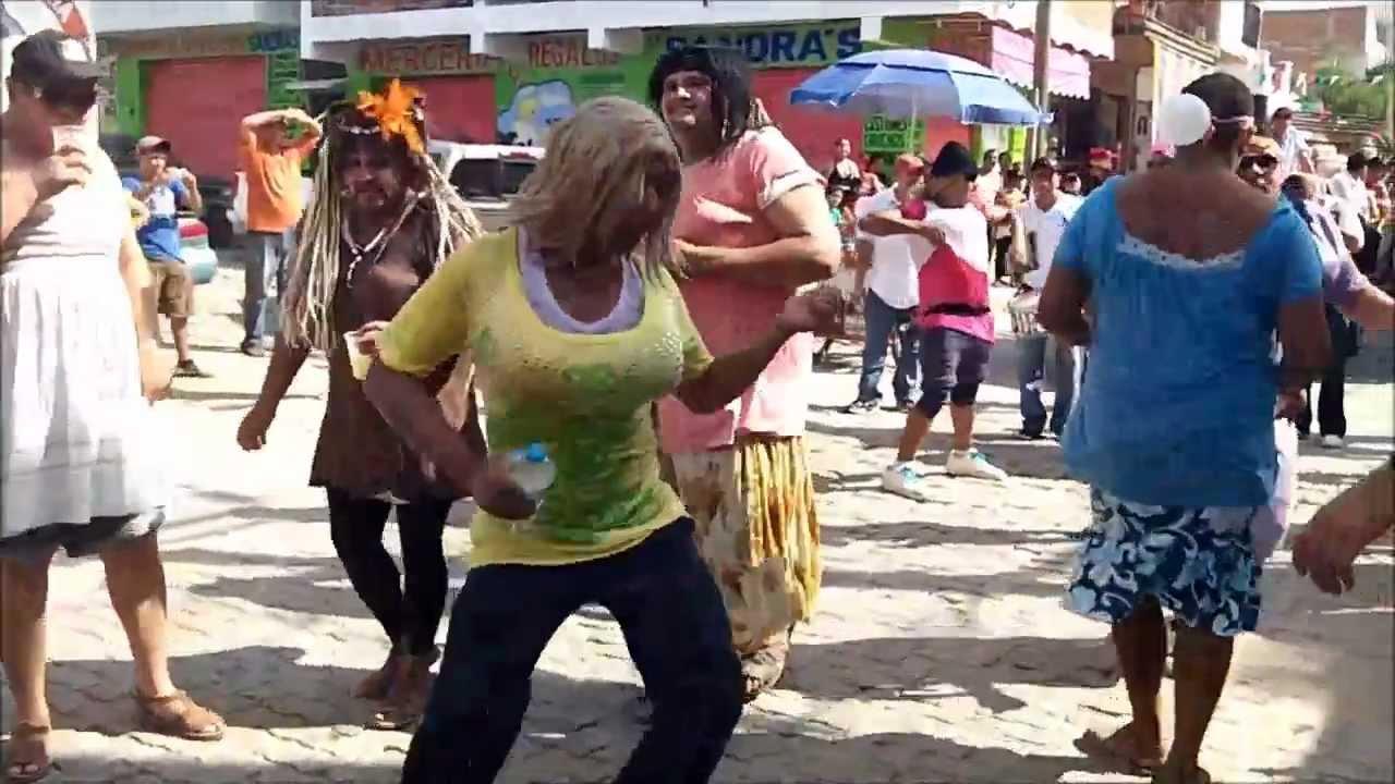 La Mojiganga Video Inedito De Hombres Vestidos De Mujer
