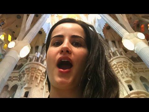 ¡LA SAGRADA FAMILIA ES IMPRESIONANTE  Vlog en España 🇪🇸