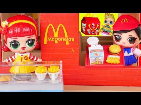 LOL Surprise Dolls Custom Lil Sisters open McDonalds Drive Thru at Playmobil Pool - Toy Wave 2 Video