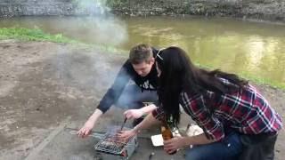 Стих от отдыхающих на реке Лихоборка Дима и Маша жарят шашлык 06.05.2016