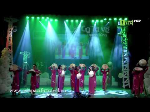 Ao Dai Vietnam - Vietnam Ao dai Robe - Mot Thoang Que Huong