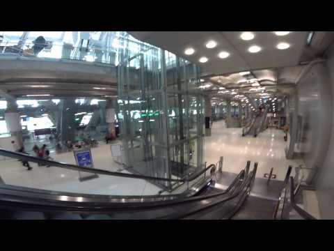 สนามบินสุวรรณภูมิ สุดยอดความยิ่งใหญ่ และ เป็นหน้าตาของชาวไทย ที่เราควรจะภูมิใจ โดย sunitjo travel