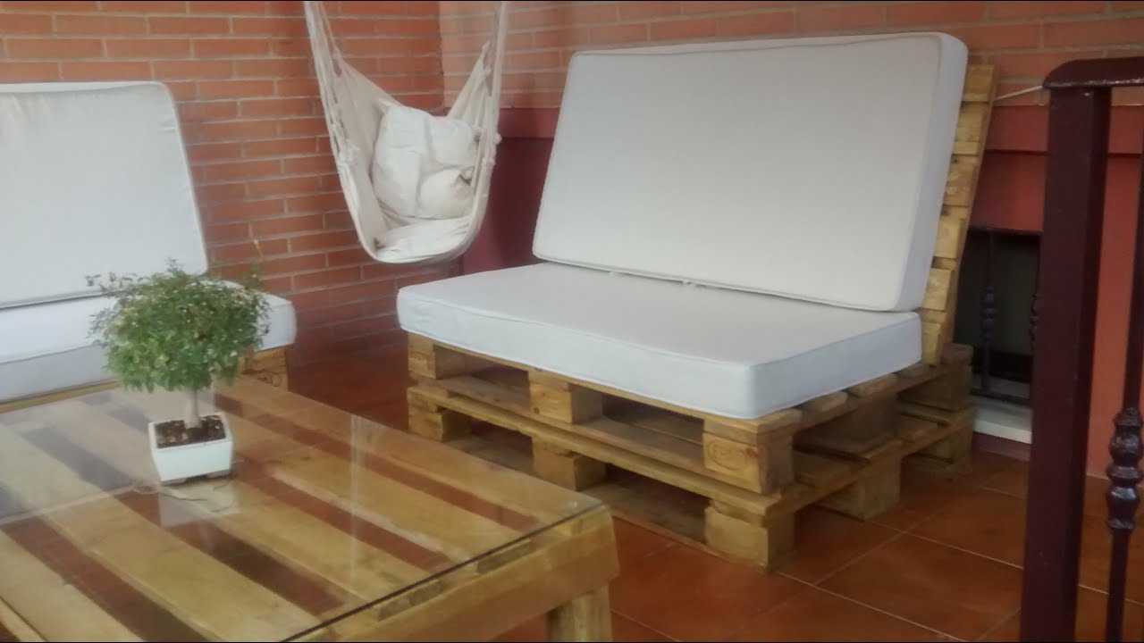 Sillones de palets paso a paso youtube for Sillones para patio