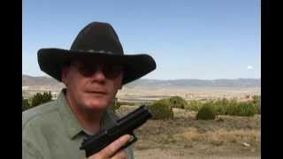 Why the Navy SEALS use the SIG Sauer P226 9mm Pistol.