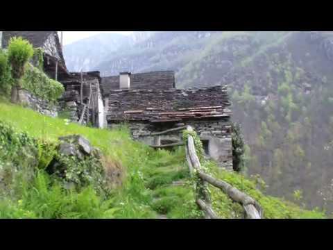 Весна в швейцарских Альпах. Кориппо, река Верзаска
