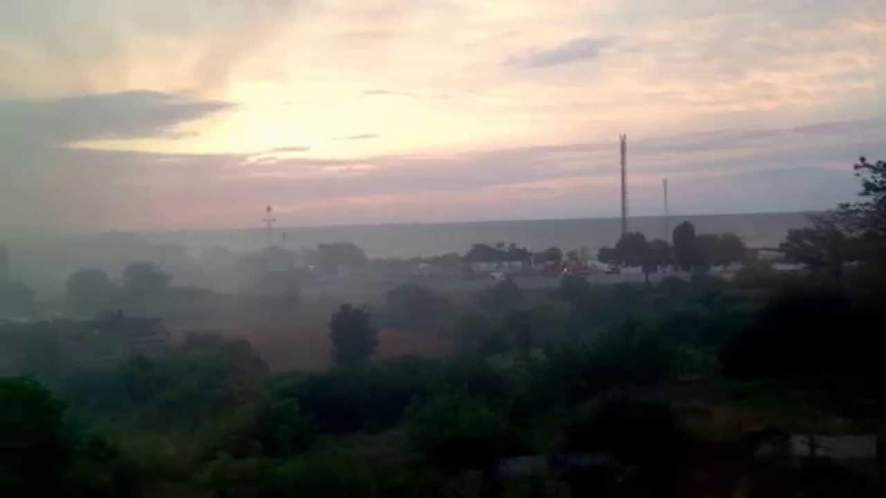В Ильичевске (с. М.Долина) произошел серьезный пожар. - YouTube
