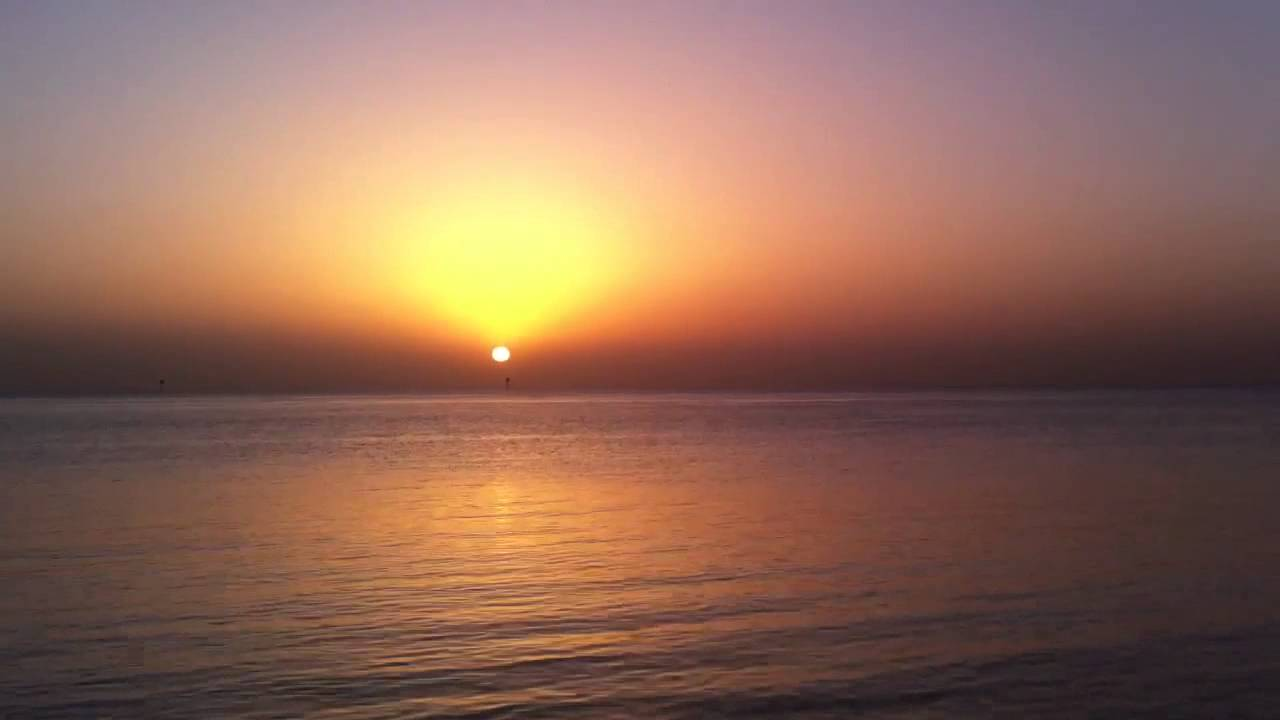 Tomorrow Quotes Wallpaper Hd لحظة شروق الشمس من البحر Hd Youtube