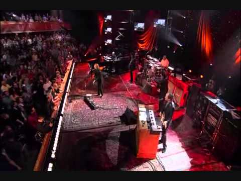 TOM PETTY AND THE HEARTBREAKERS  live version